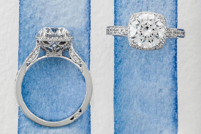 Close up of Tacori's Dantela bridal rings in gold